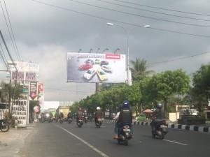Mitsubishi_Yogyakarta_260912